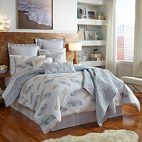 Shell Rummel Feathers Reversible Comforter Set In Sand