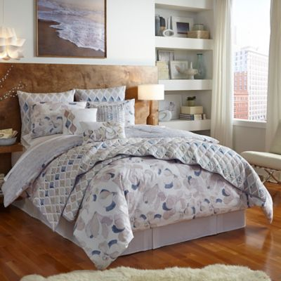 Shell Rummel Magnolia Reversible Queen Comforter Set in Indigo