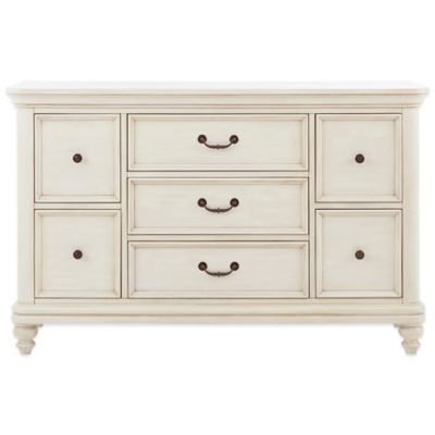 Pulaski Madison 7-Drawer Dresser in Antique White