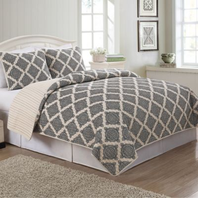 Deena Twin Quilt Set
