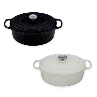 Le Creuset® Signature 6.75 qt. Oval French Oven in Black