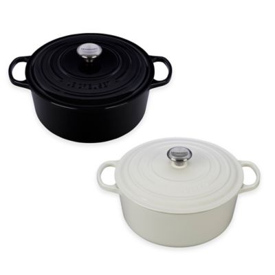 Le Creuset Signature 7.25 qt. Round French Oven in Black