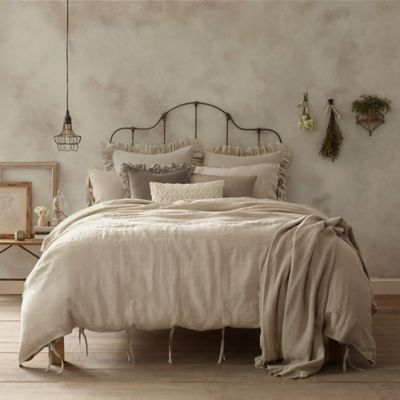 Wamsutta® Vintage Linen Full/Queen Duvet Cover in Raisin
