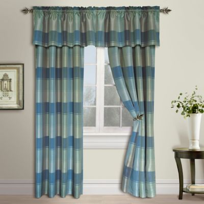 Plaid Rod Pocket 63-Inch Window Curtain Panel in Burgundy