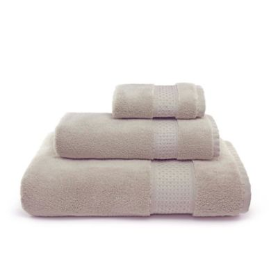 Villa Di Borghese Palermo Bath Towels in Sage Green (Set of 3)