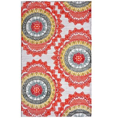 Anthology™ Chindi Dhuri Medallion 3-Foot 6-Inch x 5-Foot 6-Inch Rug in Red