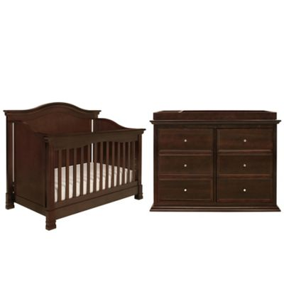 Million Dollar Baby Classic 5-Piece Louis Nursery Bundle Set in Espresso