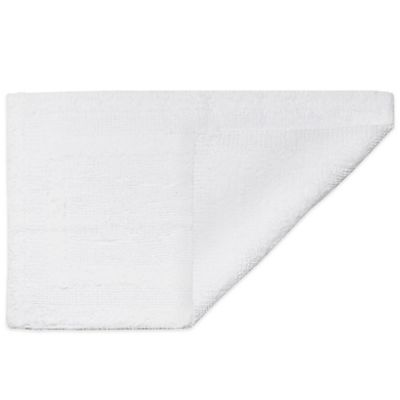 HygroSoft by Welspun 1-Foot 5-Inch x 2-Foot Reversible Bath Rug in White