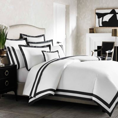 Kassatex Amalfi Italian-Made Queen Duvet Cover in White/Grey