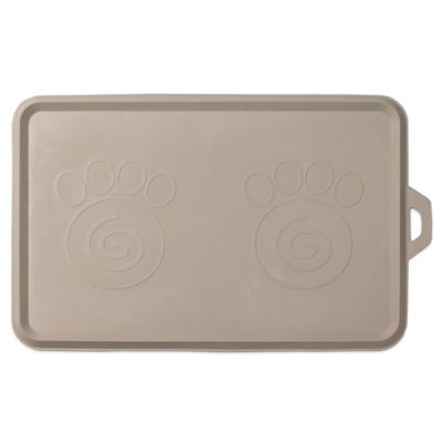 Petrageous® Serve It Up Non-Slip Placemat in Light Grey