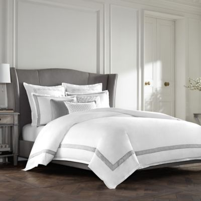 Wamsutta® Collection Luxury Italian-Made Lucca Reversible Full/Queen Duvet Cover in White/Grey