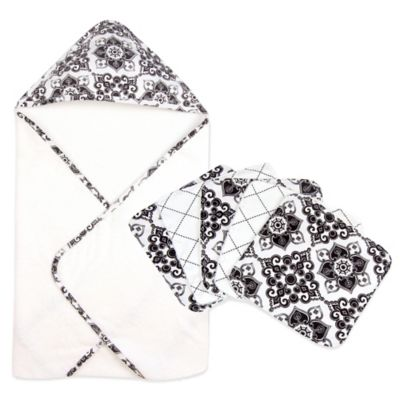 Trend Lab® Versailles 6-Piece Hooded Towel and Washclloth Bouquet Set