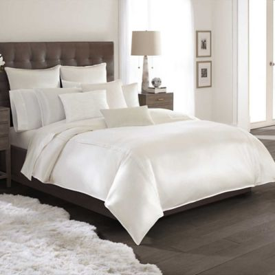 Catherine Malandrino Calais Reversible Full/Queen Duvet Cover in Mocha