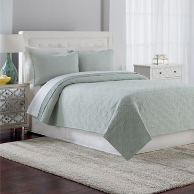 Crest Home Gemma Queen Quilt Set Bedding