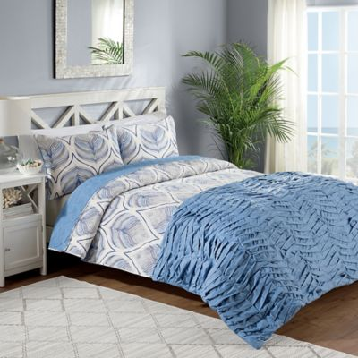 Crest Home Sanibel Reversible King Comforter/Quilt Set in Blue