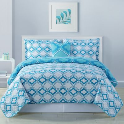 Avery Geo Reversible Full/Queen Quilt Set in Aqua