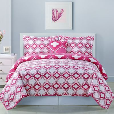 Twin Bed Quilt or Comforter