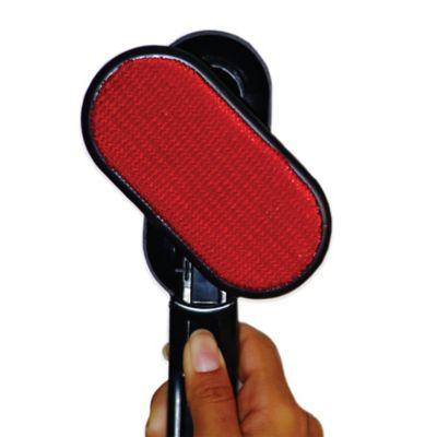 Leifheit Brush Off! 180-Degree Rotating Lint Brush