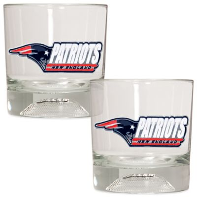 NFL New England Patriots Rocks Glass with Football Sculpted Bottom (Set of 2)