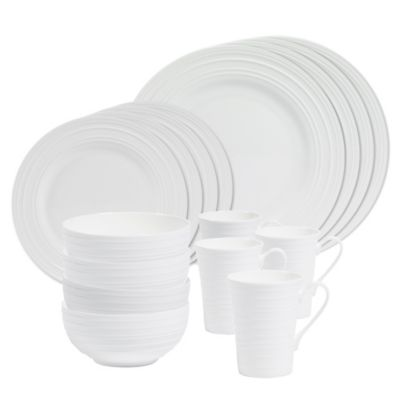 Olivia 16-Piece Dinnerware Set in White