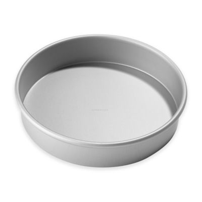 Chicago Metallic™ 9-Inch Round Cake Pan