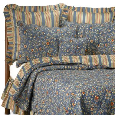 Wakefield Reversible King Quilt in Blue