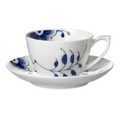 Royal Copenhagen Fluted Mega 2-Piece Tea Cup and Saucer in Blue