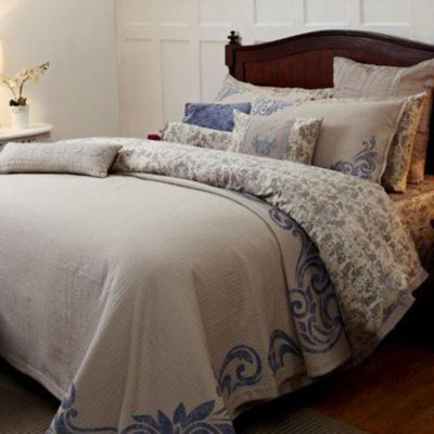 Royal Insignia Queen Coverlet Set in Blue