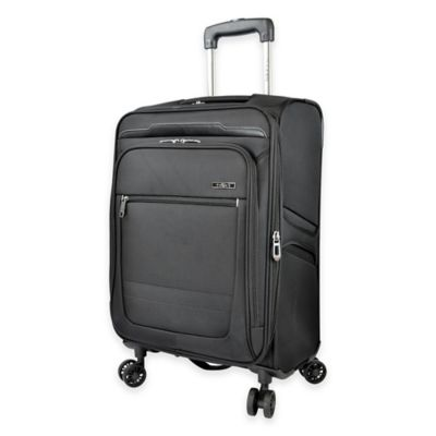Traveler S Club Voyager  Inch Spinner Carry On