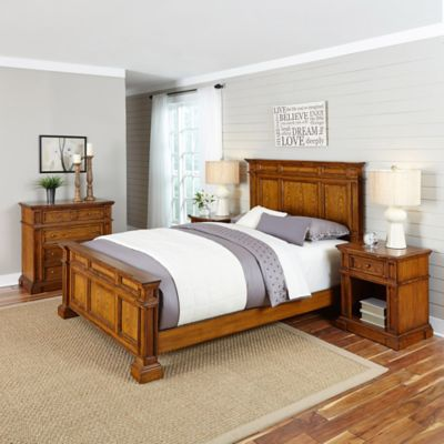 Americana 4-Piece Queen Bedroom Set in White/Oak