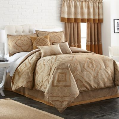 Evender 7-Piece California King Comforter Set in Indigo