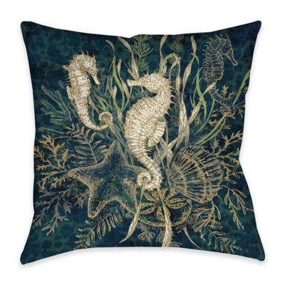 Seahorse Indoor/Outdoor Throw Pillow in Green