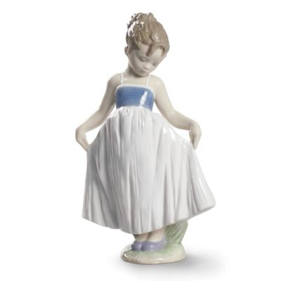 Lladro Look At My Dress Figurine