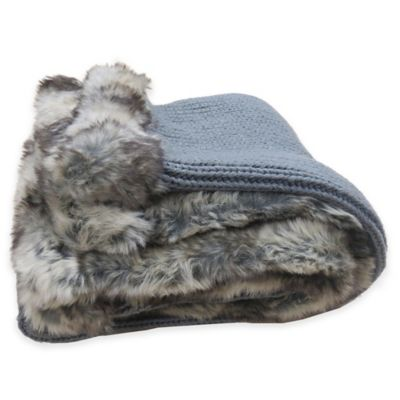 Chunky Sweater Knit Fur-Trimmed Throw Blanket in Grey