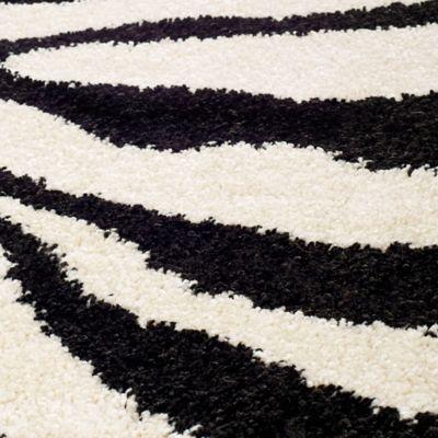 Safavieh Zebra Shag 5-Foot 3-Inch x 7-Foot 6-Inch Room Size Rug