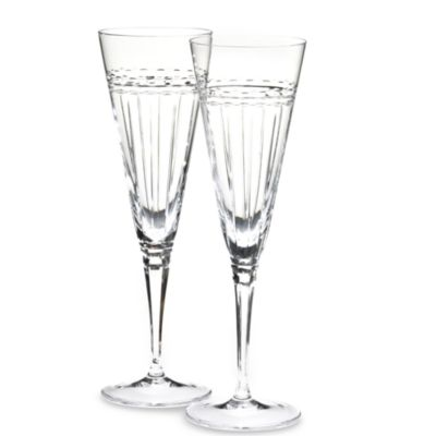 Vera Wang Wedgwood® with Love Toasting Flutes (Set of 2)