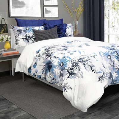 Kyra Full/Queen Duvet Cover Set in Blue/White