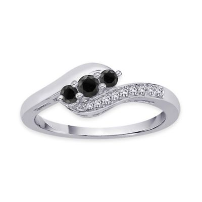 10K White Gold .25 cttw Black and White Diamond Size 6 Ladies' Ring