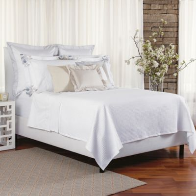 Bellora® Luxury Italian-Made Noto Coverlet in White