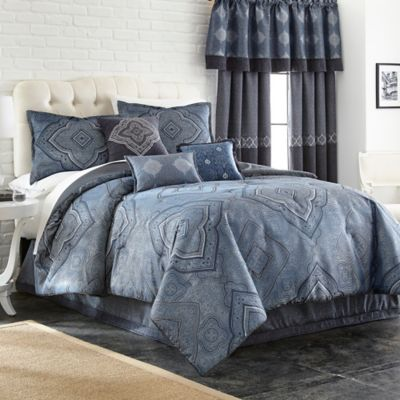Evender 7-Piece Queen Comforter Set in Indigo