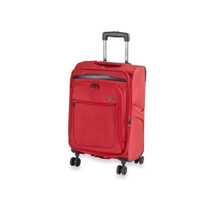 Traveler's Club Voyager 20-Inch Carry-On Spinner in Red