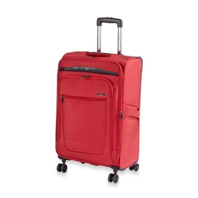 Traveler's Club Voyager 24-Inch Spinner in Red