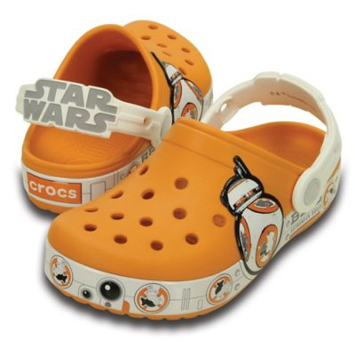 Crocs™ Star Wars™ Size 4-5 Kids' Special Edition BB-8™ Hero Clog in Orange