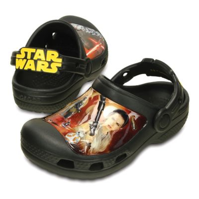 Creative Crocs Star Wars™ Size 4 Kids' Special Edition Episode VII Clog in Black