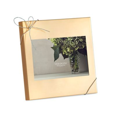 Vera Wang Wedgwood® Love Knots Gold 4-Inch x 6-Inch Picture Frame