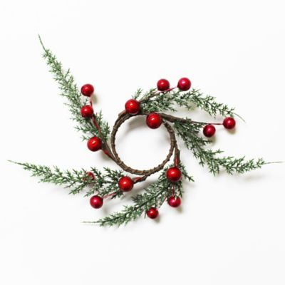 Evergreen Berries Napkin Ring in Red (Set of 4)