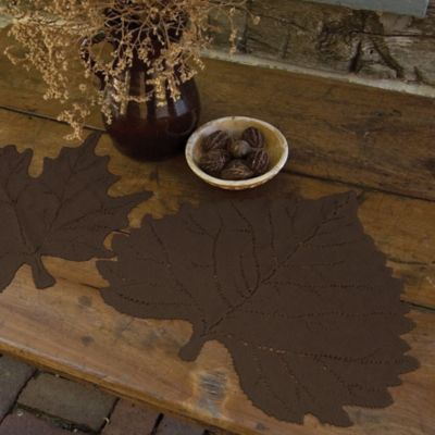 Heritage Lace® Aspen Leaf Placemat in Dark Paprika