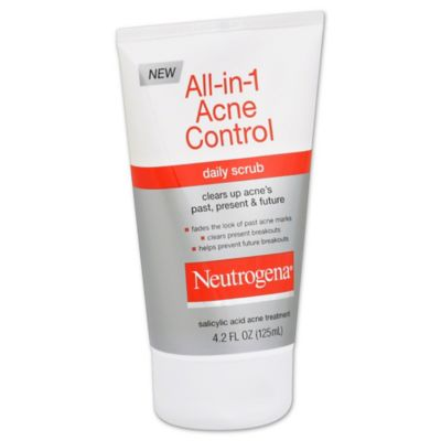 Neutrogena® 4.2 oz. Oil-Free Acne Wash Daily Scrub