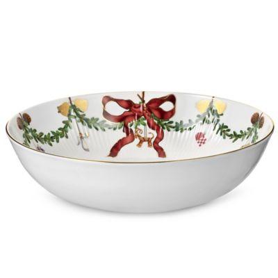 Royal Copenhagen Star Fluted Christmas 3.25 qt. Bowl