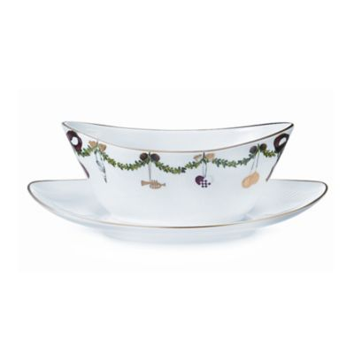 Royal Copenhagen Star Fluted Christmas Gravy Boat with Stand